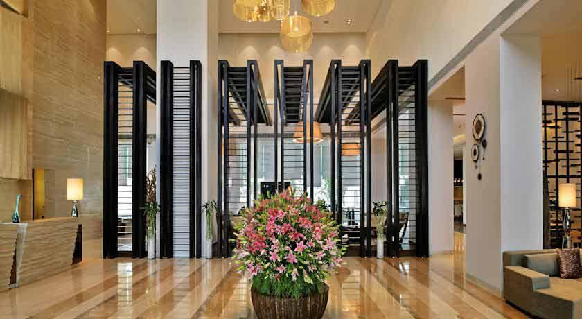 Hilton Garden Inn 6