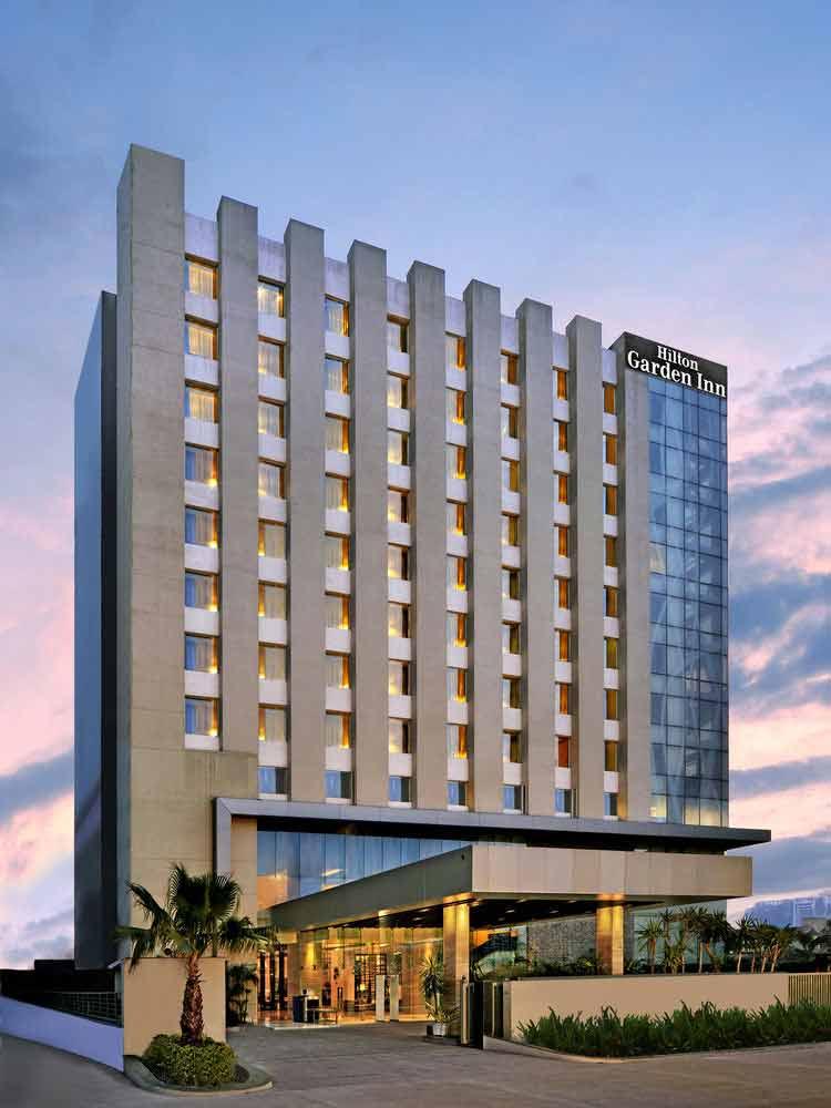 Hilton Garden Inn 3