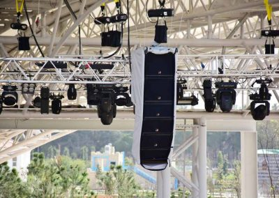 Tecnare Cla21 line array speaker in the Expo Antalya 2016 picture 1
