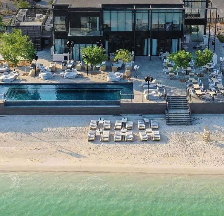 Beach Clubs 9